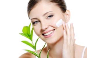 Read more about the article Natūrali gamtos kosmetika ir kūno priežiūra iš Šveicarijos